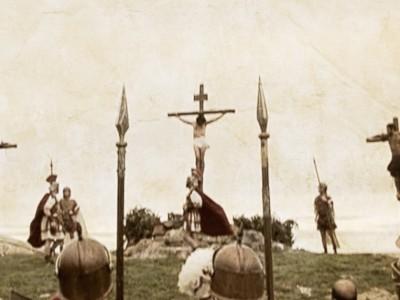 HUELLAS DE LA RELIGIÓN EN EL HOMBRE – PREMIO ALTAMIRA AL MEJOR DOCUMENTAL.