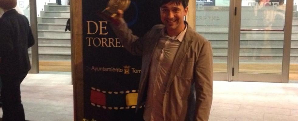 PRODUCTORA AUDIOVISUAL CANTABRIA, PREMIO ALTAMIRA MEJOR DOCUMENTAL Estamos de enhorabuena!! El Sábado ganamos el PREMIO ALTAMIRA a DOCUMENTAL en el Festival Internacional de Cine de Torrelavega, con nuestra última película ORUJO; El SABOR DE LA TIERRA. Son 2 años seguidos alzando este galardón en este prestigioso Festival miembro de la […]